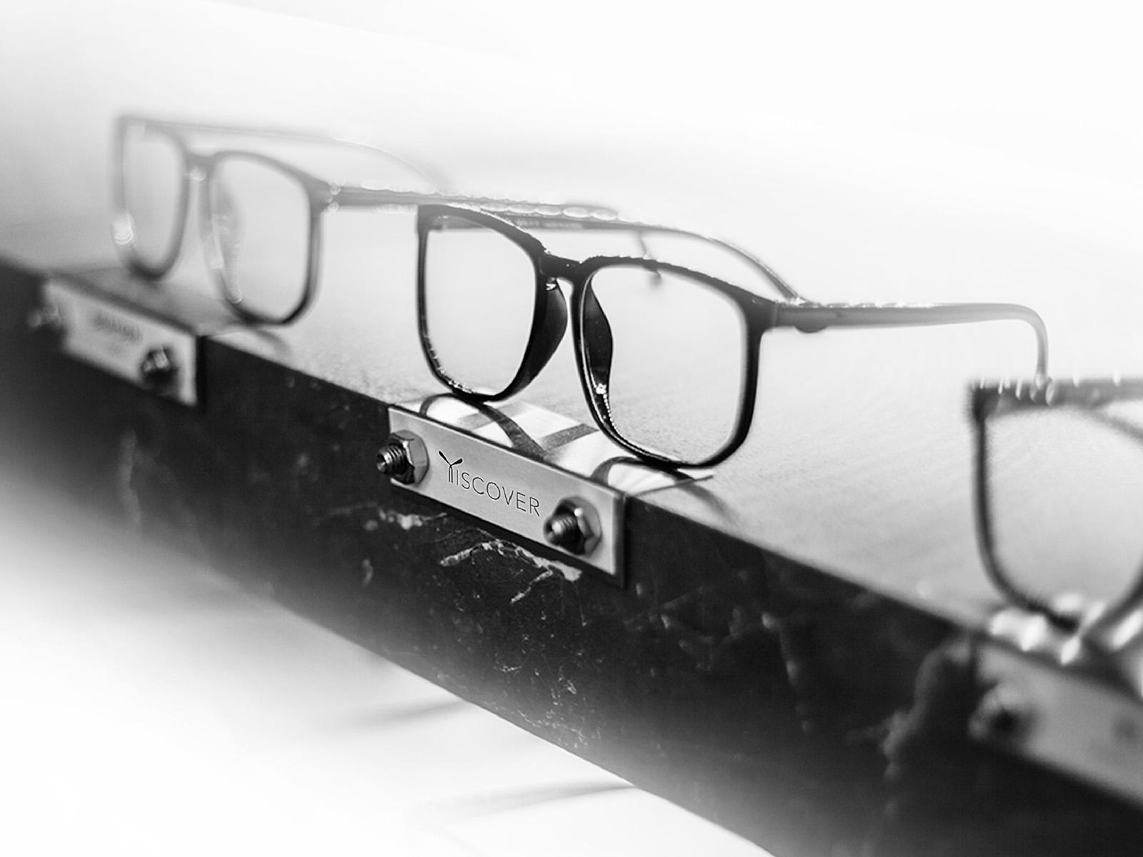 apaper_Tiscover_titanum_frames_glasses_7.jpg